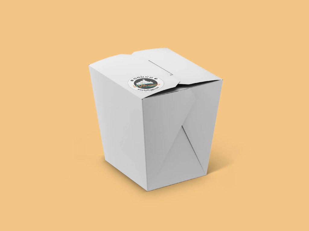 mise en situation par mockup d'une pastabox à emporter avec sticker collé dessus